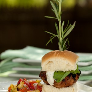 Sundried Tomato Turkey Burgers with Rosemary Aioli